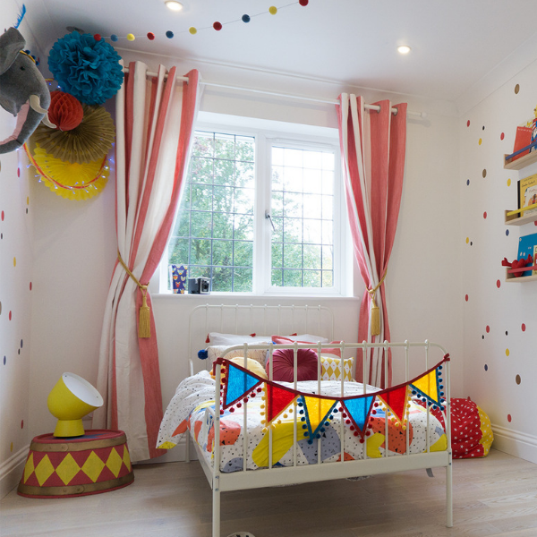 Everly's Circus Room | Reader Room