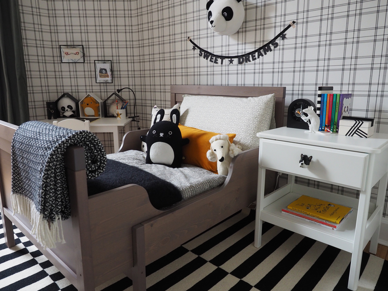 Perfect Monochrome Bedroom for a little person