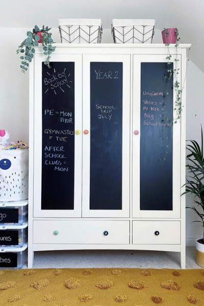 Balckboard Wardrobes in rainbow bedroom as seen in rooomy magazine